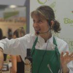 Giulia Giunta al Sana stand Sicilia in Bio